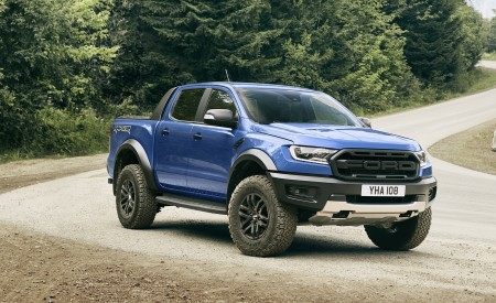 2019 Ford Ranger Raptor Front Three-Quarter Wallpapers 450x275 (163)