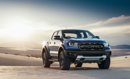 2019 Ford Ranger Raptor Front Three-Quarter Wallpapers 450x275 (160)