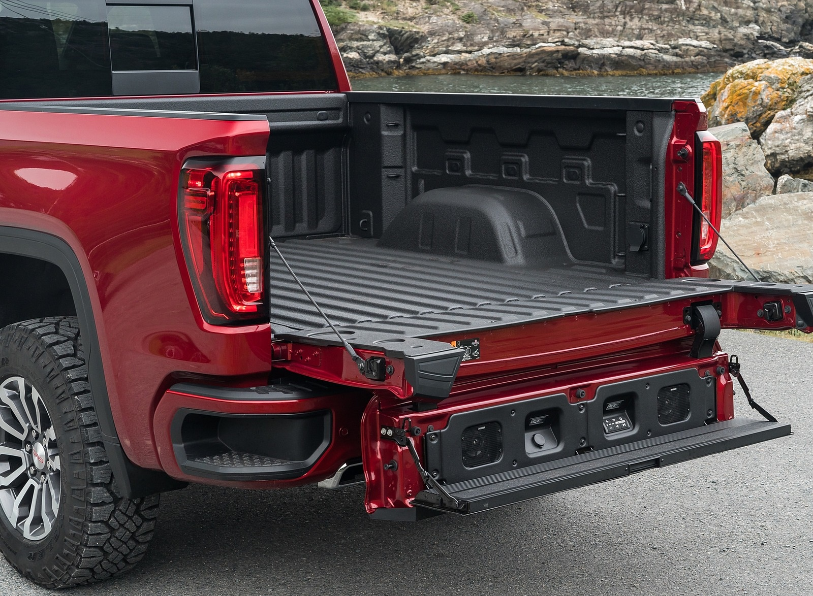 2019 GMC Sierra AT4 Bed Wallpapers (9)