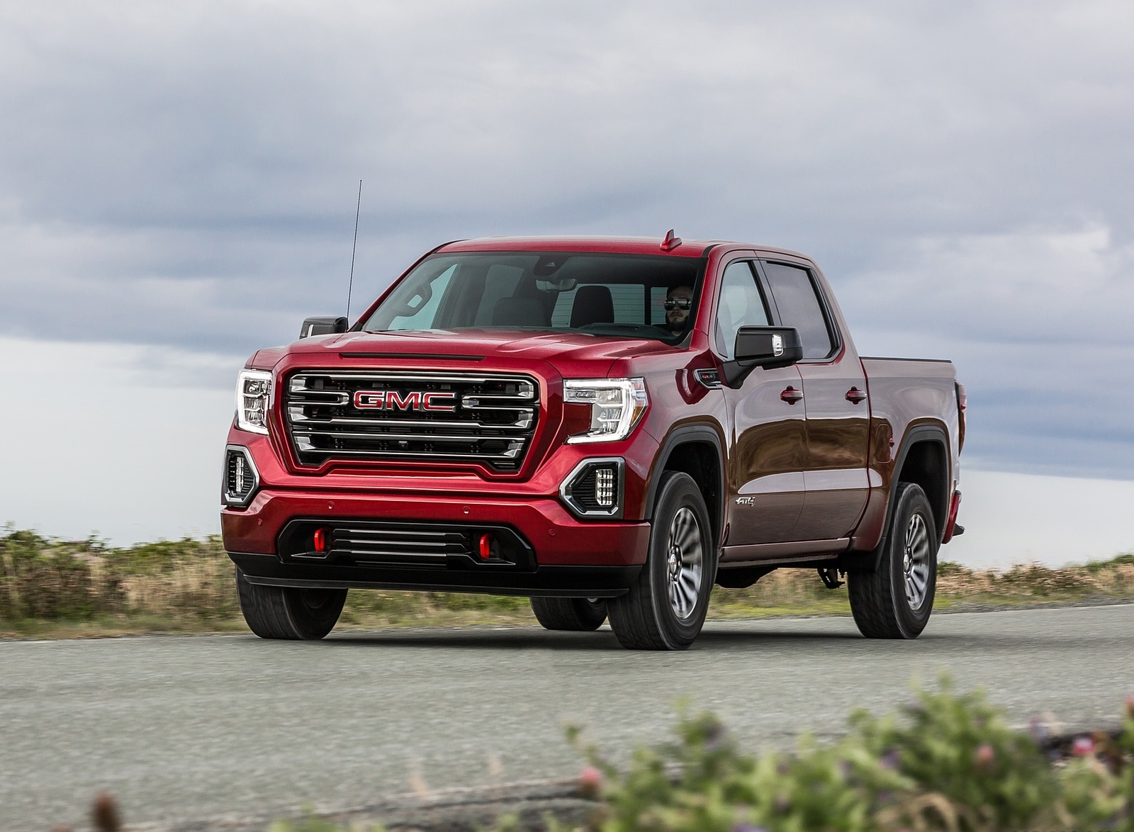 2019 GMC Sierra AT4 Front Three-Quarter Wallpapers (7)