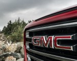 2019 GMC Sierra AT4 Grill Wallpapers 150x120 (12)