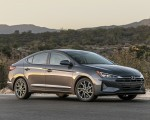 2019 Hyundai Elantra Front Three-Quarter Wallpapers 150x120 (6)