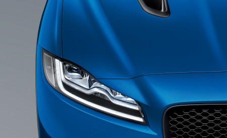 2019 Jaguar F-PACE SVR Headlight Wallpapers 450x275 (90)