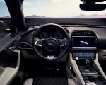2019 Jaguar F-PACE SVR Interior Wallpaper 150x120 (38)