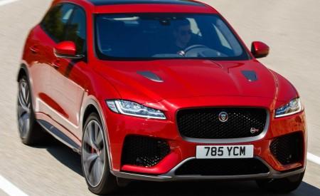 2019 Jaguar F-Pace SVR (Color: Firenze Red) Front Three-Quarter Wallpapers 450x275 (21)