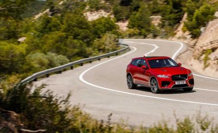 2019 Jaguar F-Pace SVR (Color: Firenze Red) Front Three-Quarter Wallpapers 450x275 (14)