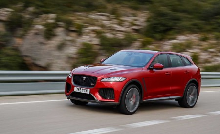 2019 Jaguar F-Pace SVR (Color: Firenze Red) Front Three-Quarter Wallpapers 450x275 (6)
