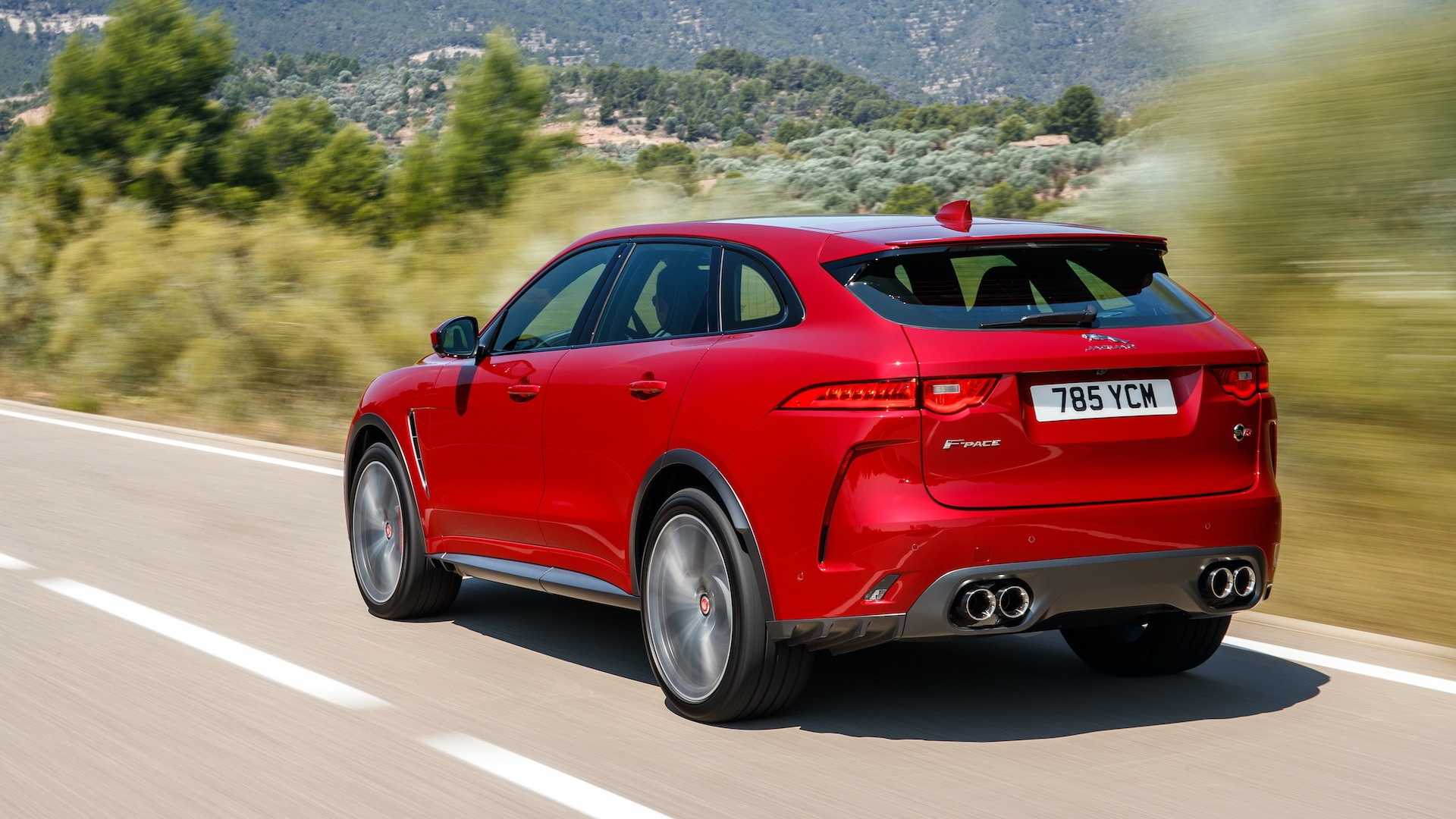 2019 Jaguar F-Pace SVR (Color: Firenze Red) Rear Three-Quarter Wallpapers (10)