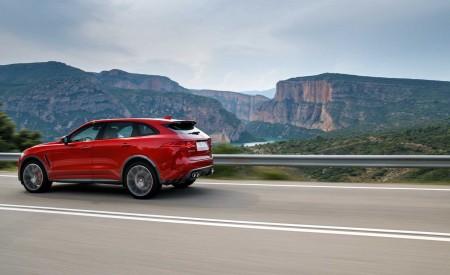 2019 Jaguar F-Pace SVR (Color: Firenze Red) Rear Three-Quarter Wallpapers 450x275 (29)