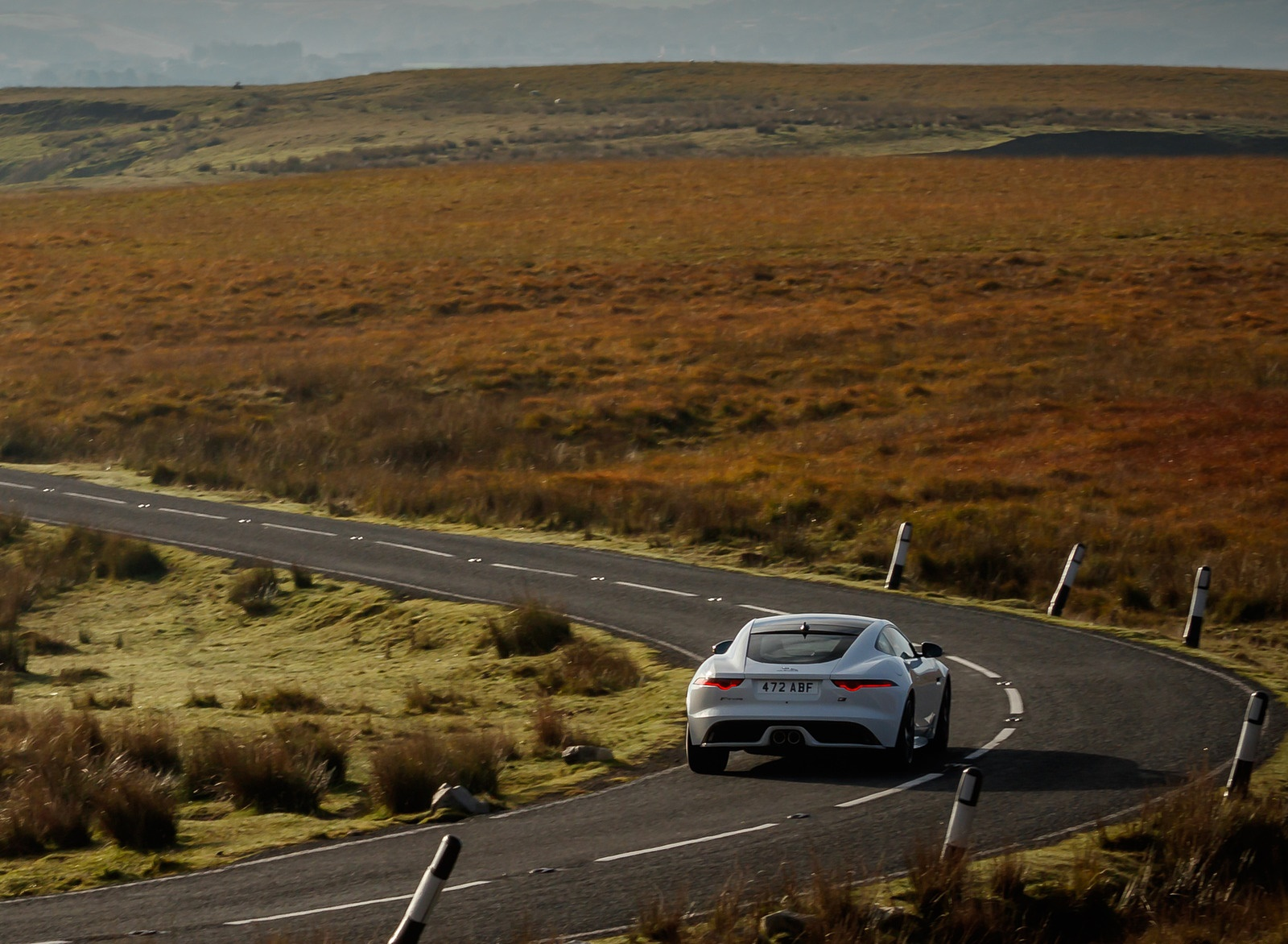 2019 Jaguar F-Type Chequered Flag Edition Rear Wallpaper (6)