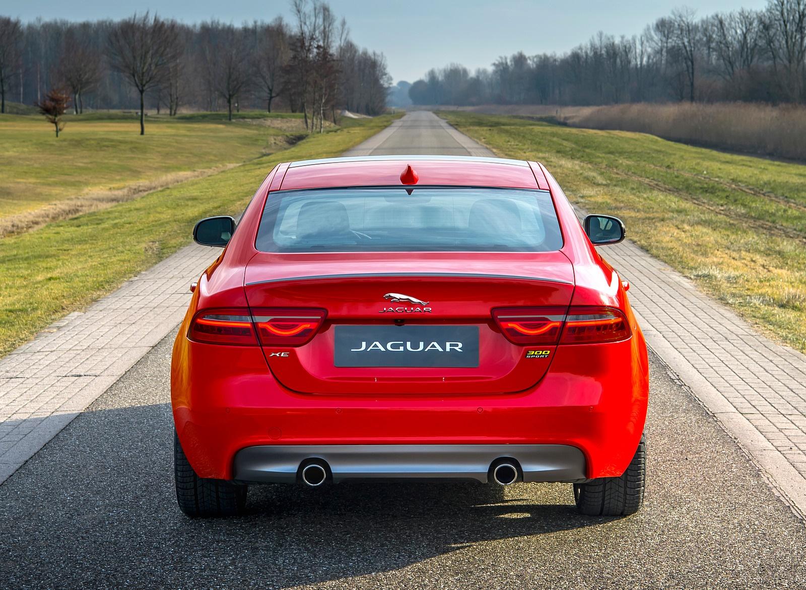 2019 Jaguar XE 300 SPORT Rear Wallpaper (7)