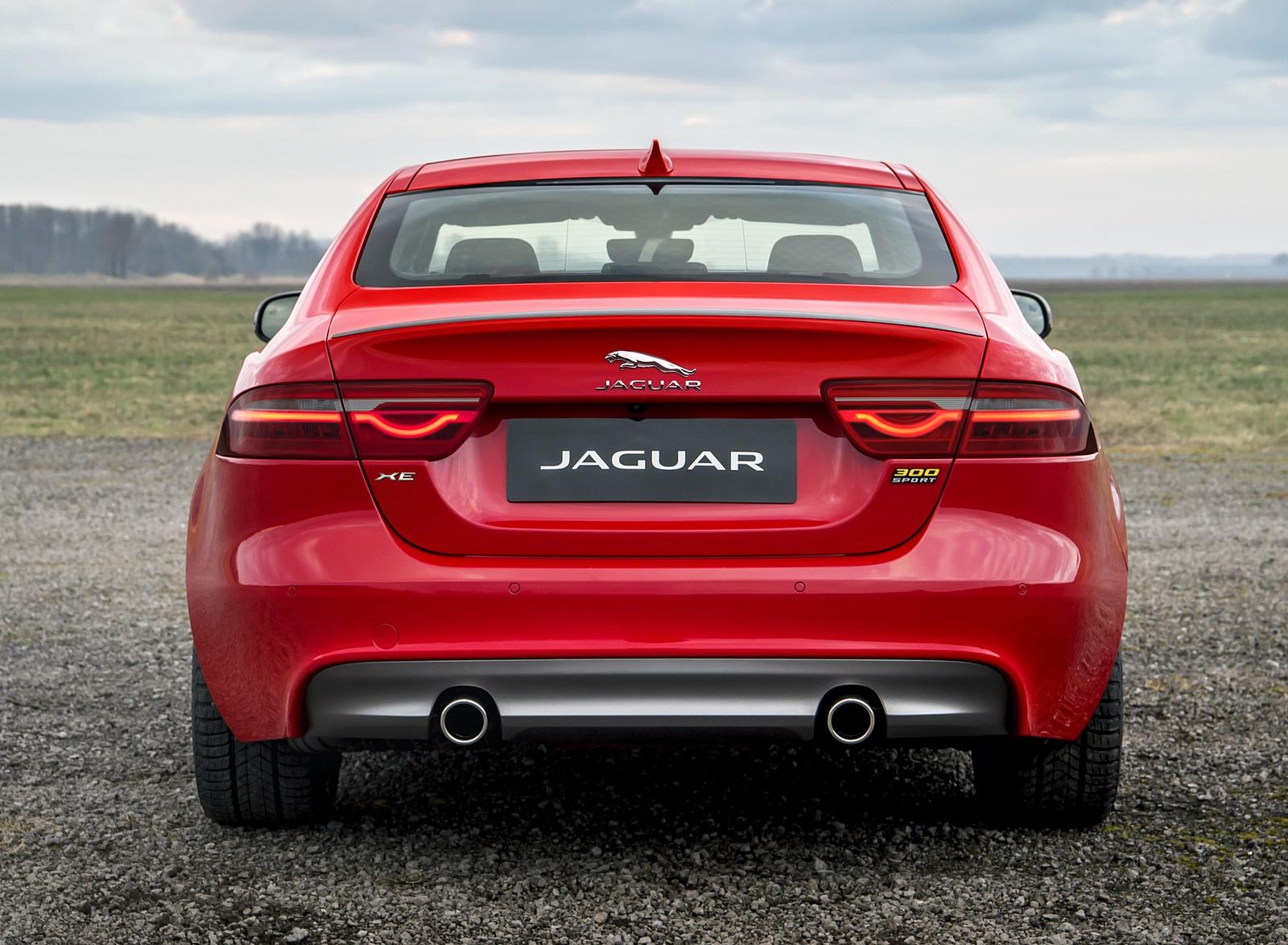 2019 Jaguar XE 300 SPORT Rear Wallpaper (8)