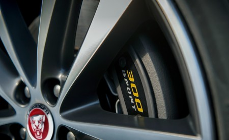 2019 Jaguar XE 300 SPORT Wheel Wallpapers 450x275 (13)