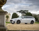 2019 Jaguar XF Sportbrake 20d AWD R-Sport Front Three-Quarter Wallpapers 150x120 (14)