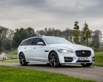 2019 Jaguar XF Sportbrake 20d AWD R-Sport Front Three-Quarter Wallpapers 150x120 (18)