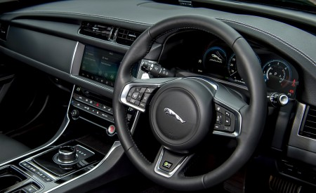 2019 Jaguar XF Sportbrake 20d AWD R-Sport Interior Steering Wheel Wallpapers 450x275 (39)