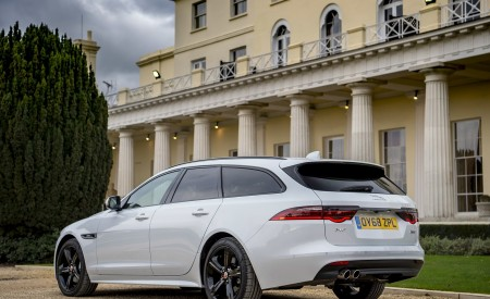 2019 Jaguar XF Sportbrake 20d AWD R-Sport Rear Three-Quarter Wallpapers 450x275 (21)