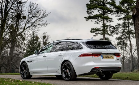 2019 Jaguar XF Sportbrake 20d AWD R-Sport Rear Three-Quarter Wallpapers 450x275 (25)