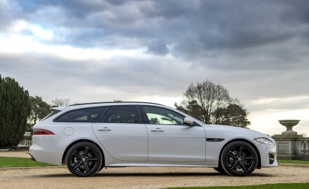 2019 Jaguar XF Sportbrake 20d AWD R-Sport Side Wallpapers 450x275 (11)