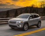 2019 Jeep Cherokee Limited Front Three-Quarter Wallpaper 150x120 (45)