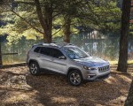 2019 Jeep Cherokee Limited Front Three-Quarter Wallpaper 150x120 (43)