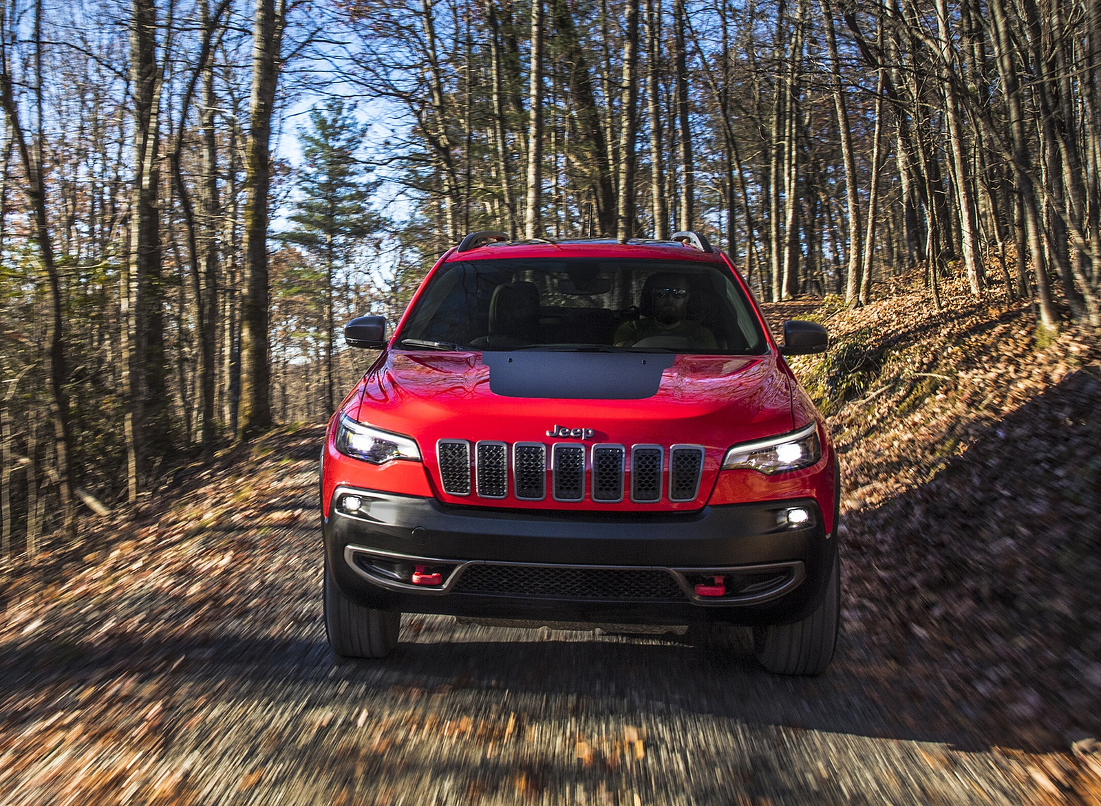 2019 Jeep Cherokee Trailhawk Front Wallpaper (13)
