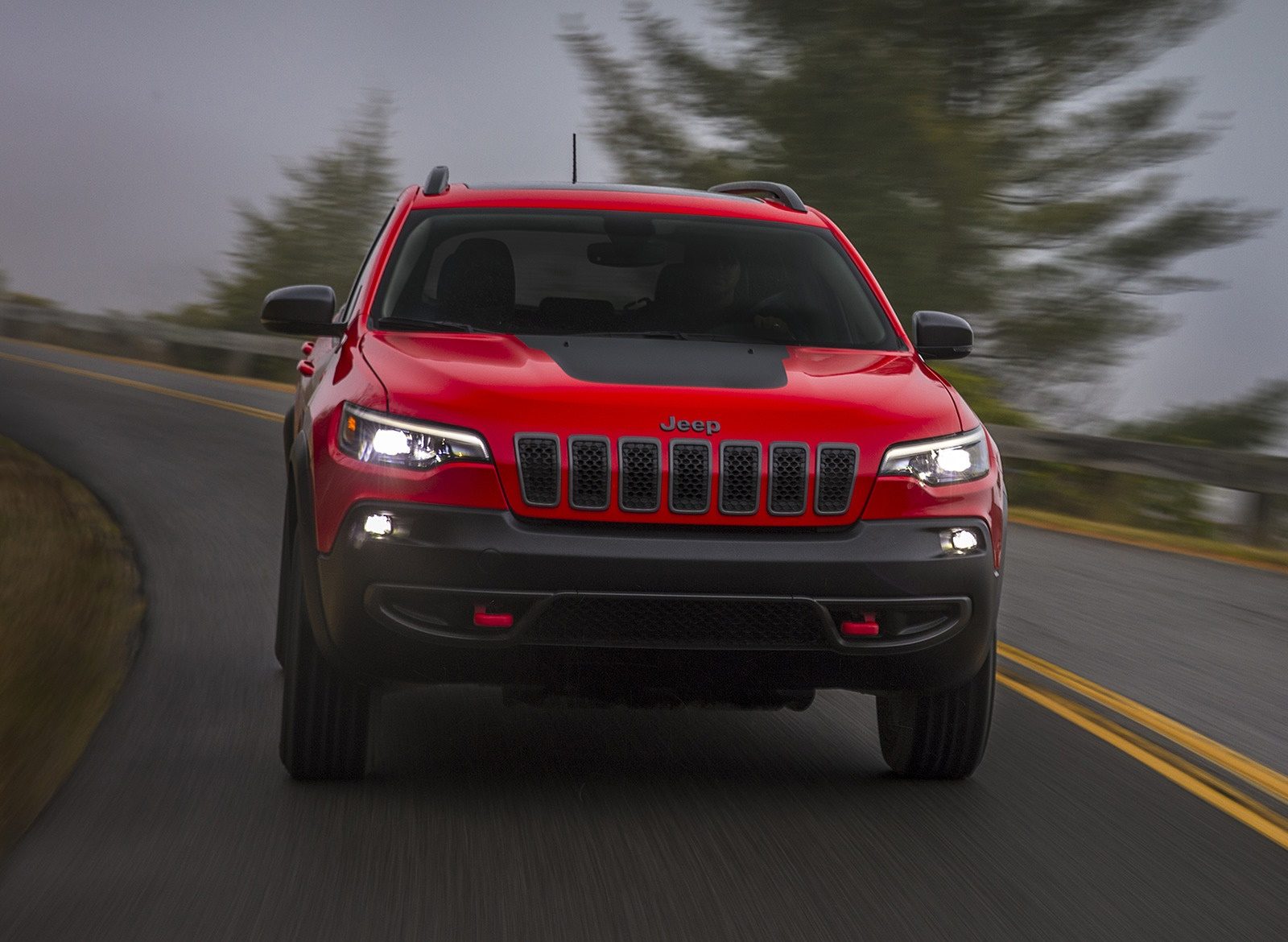 2019 Jeep Cherokee Trailhawk Front Wallpaper (10)
