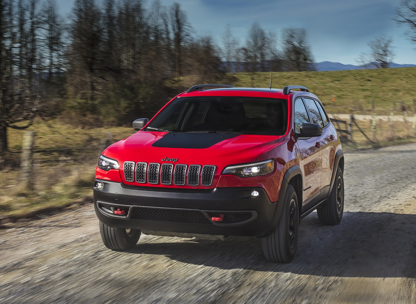 2019 Jeep Cherokee Trailhawk Front Wallpaper (1)