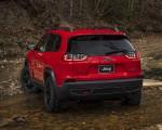2019 Jeep Cherokee Trailhawk Rear Three-Quarter Wallpaper 150x120 (21)