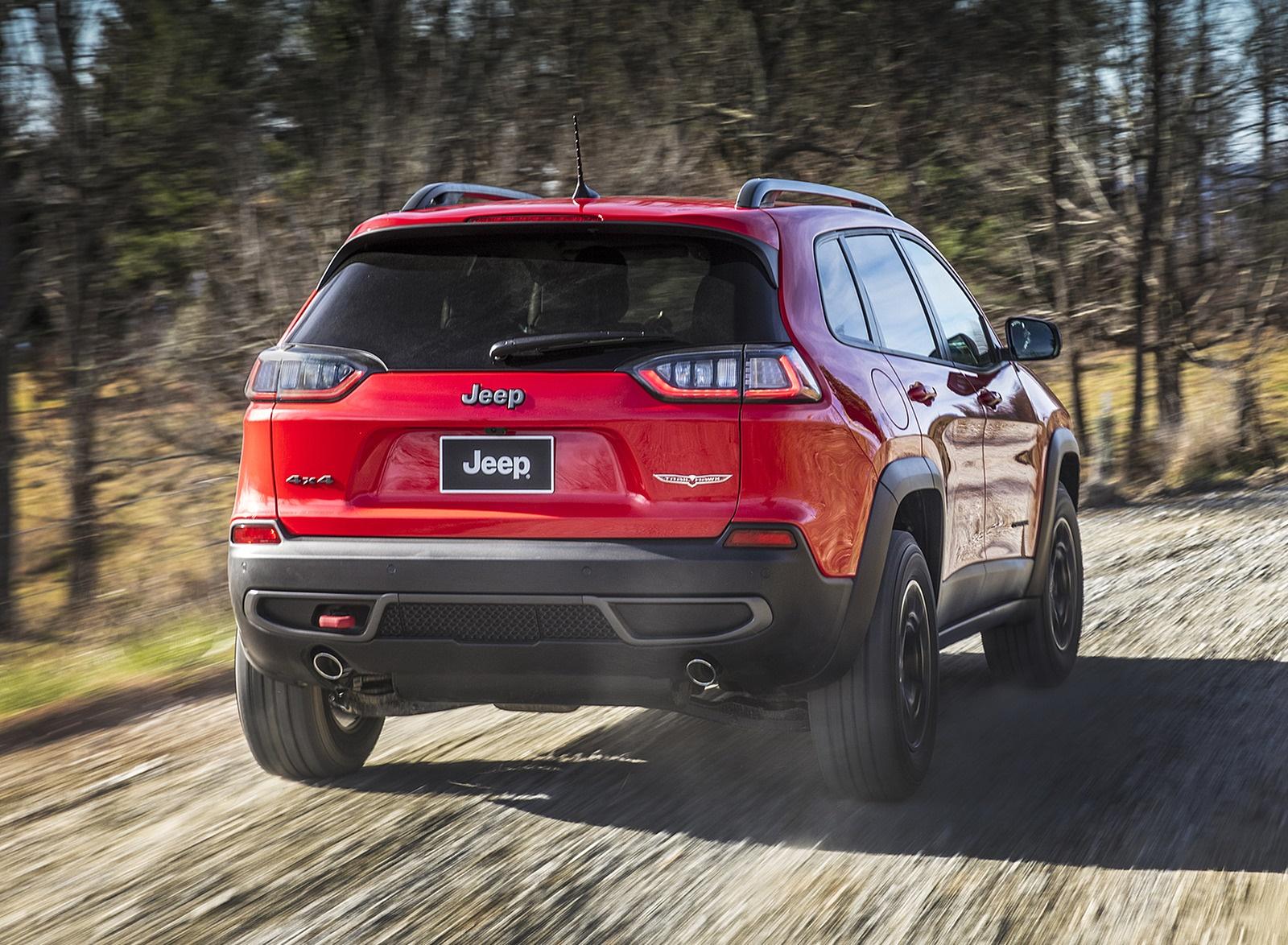 2019 Jeep Cherokee Trailhawk Rear Wallpapers (6)