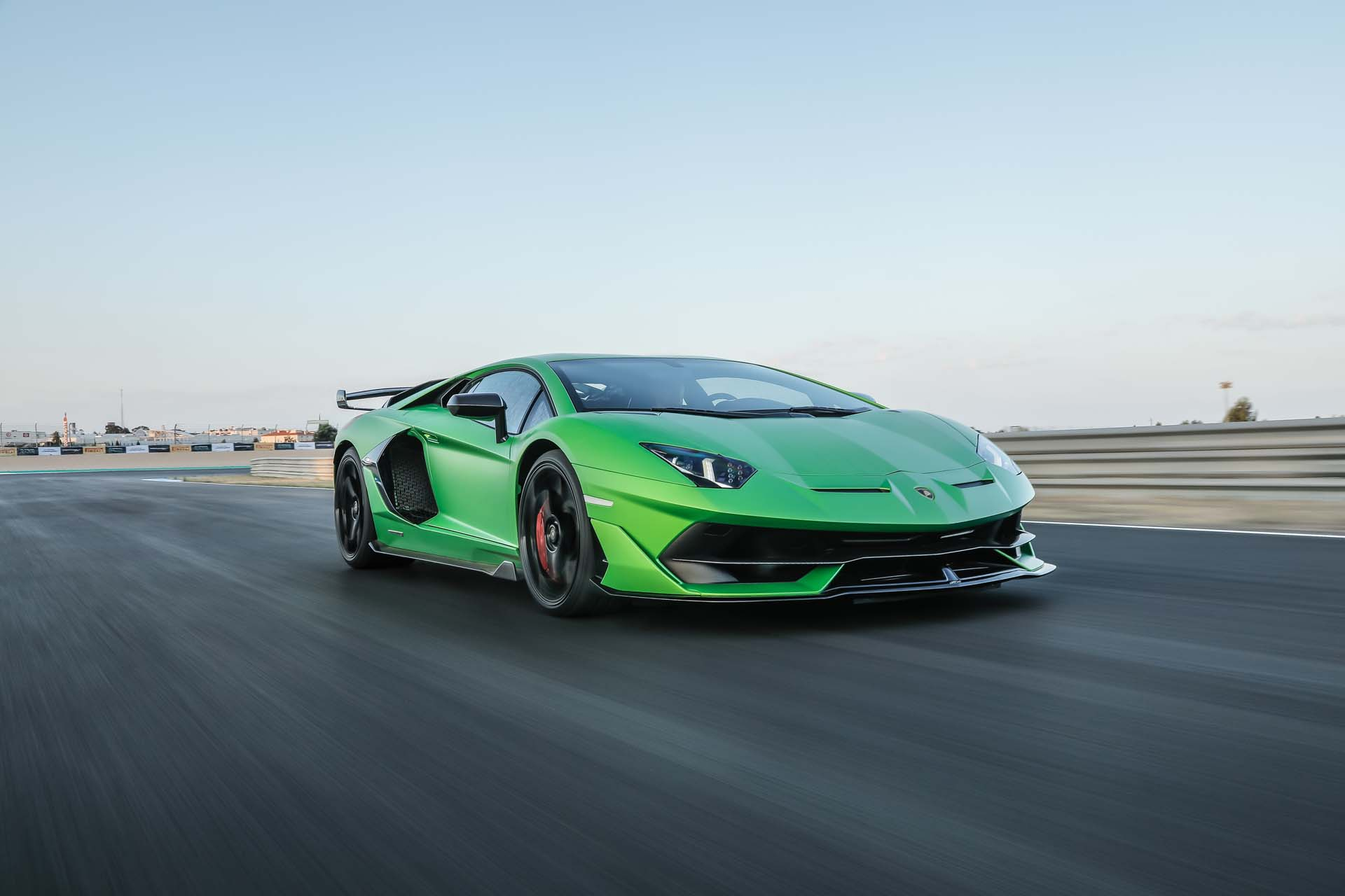 2019 Lamborghini Aventador SVJ Front Three-Quarter Wallpapers (1)