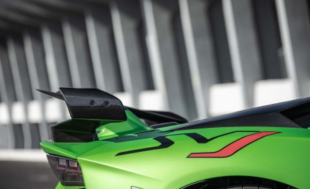 2019 Lamborghini Aventador SVJ Rear Bumper Wallpaper 450x275 (72)