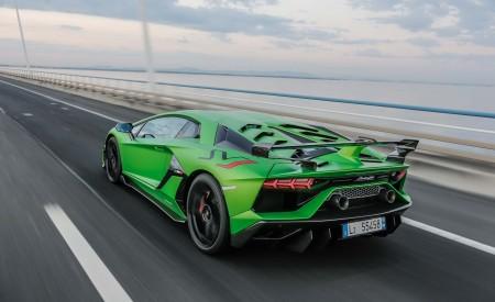 2019 Lamborghini Aventador SVJ Rear Three-Quarter Wallpapers 450x275 (47)