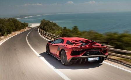 2019 Lamborghini Aventador SVJ Rear Three-Quarter Wallpapers 450x275 (118)