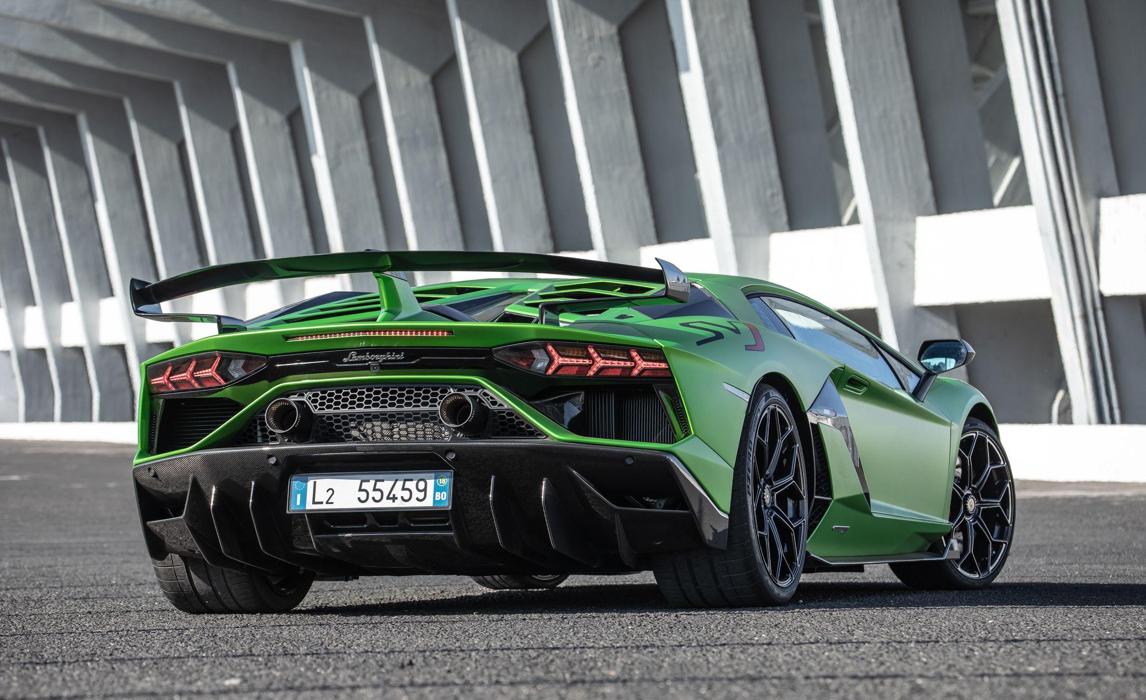 2019 Lamborghini Aventador Svj Rear Wallpaper 153 Hd Wallpapers