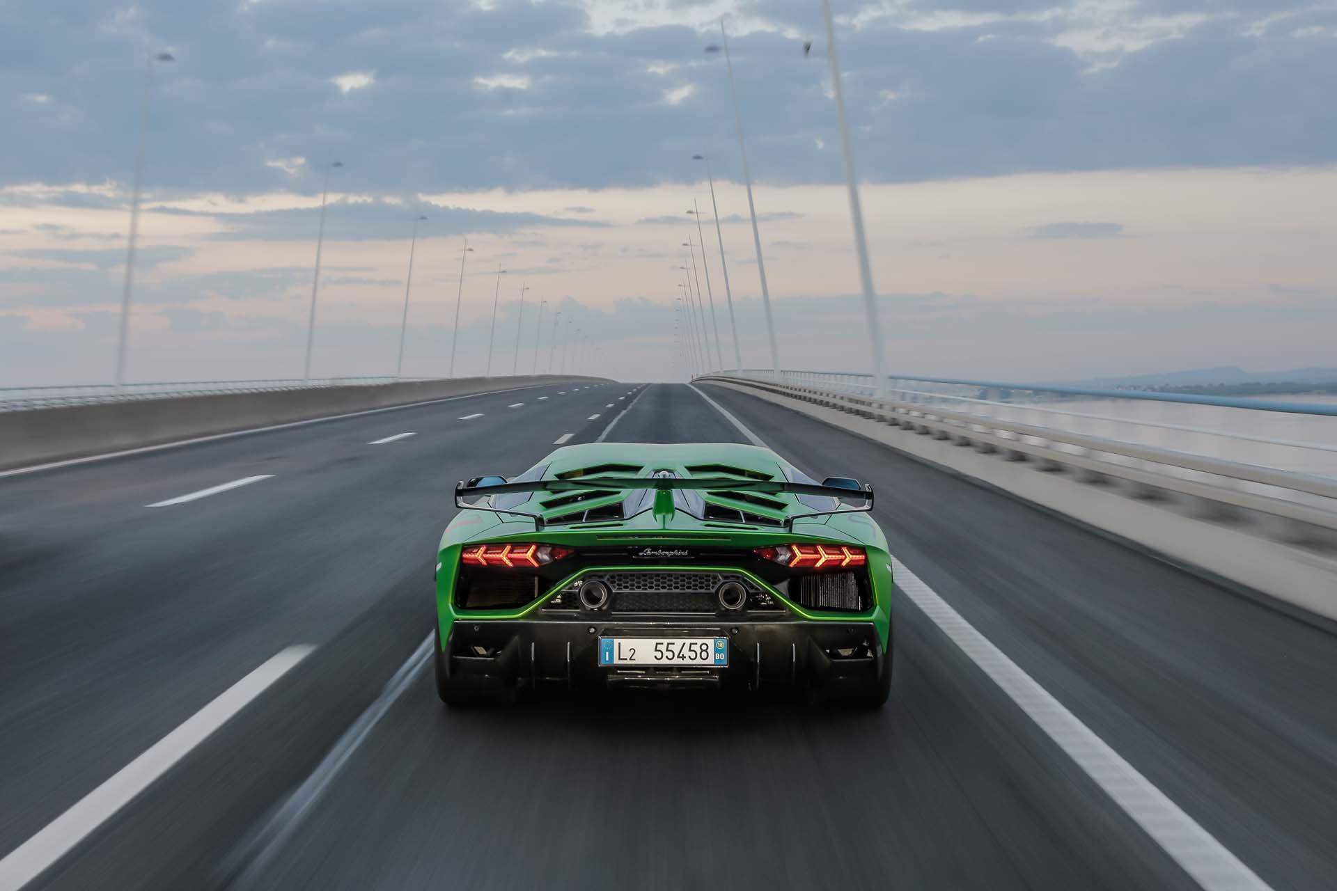 2019 Lamborghini Aventador SVJ Rear Wallpapers #50 of 241