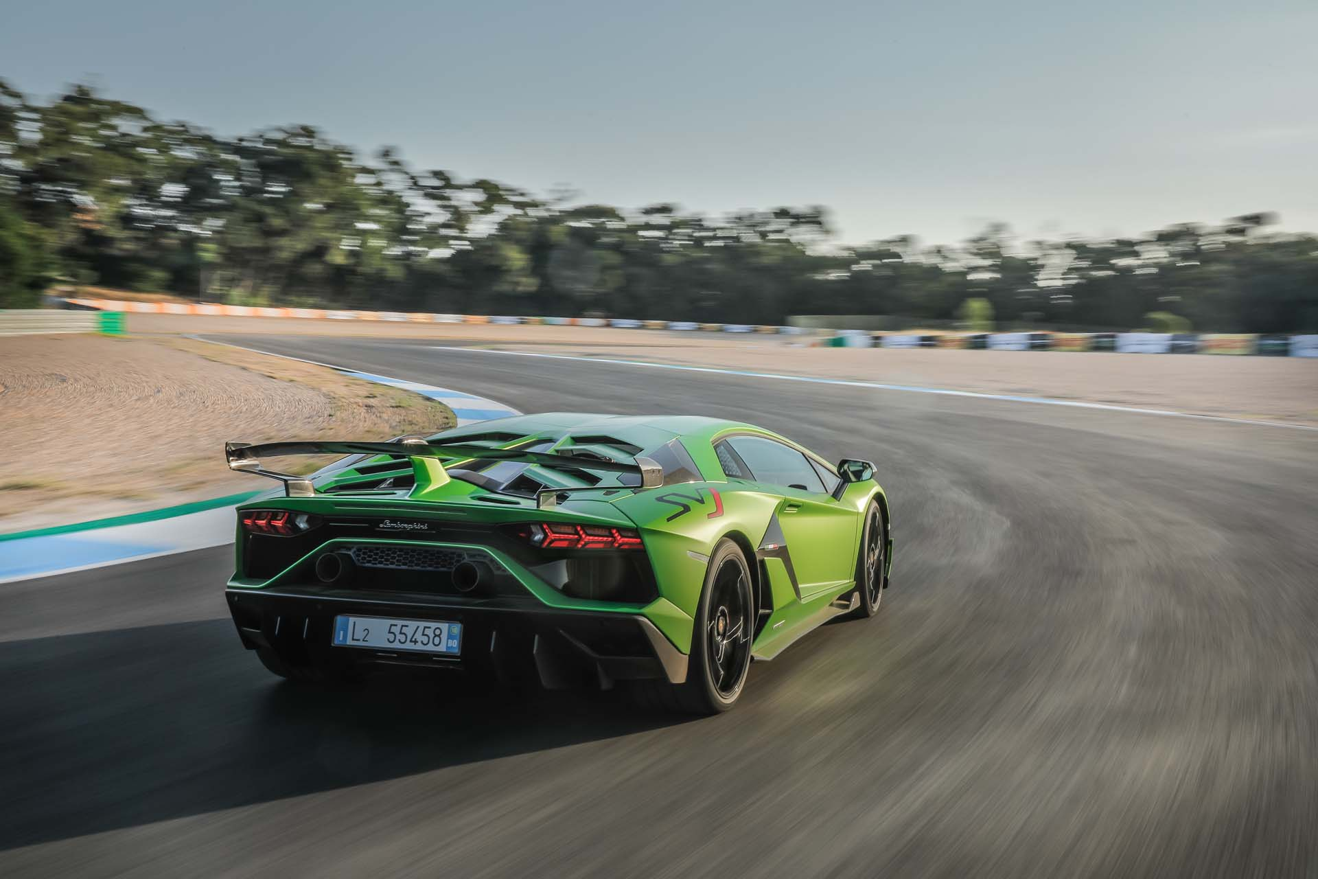 2019 Lamborghini Aventador SVJ Rear Wallpapers #16 of 241
