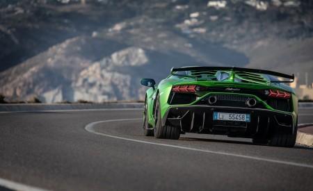 2019 Lamborghini Aventador SVJ Rear Wallpaper 450x275 (152)