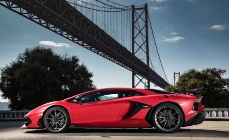 2019 Lamborghini Aventador SVJ Side Wallpapers 450x275 (122)