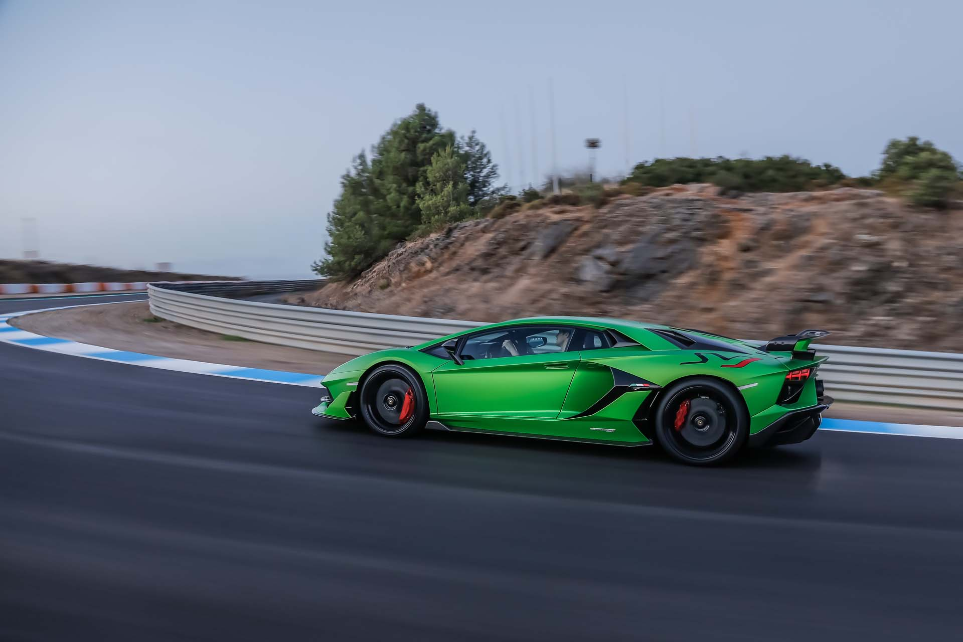 2019 Lamborghini Aventador SVJ Side Wallpapers #10 of 241