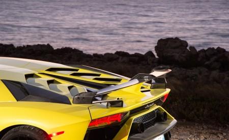 2019 Lamborghini Aventador SVJ Spoiler Wallpaper 450x275 (218)