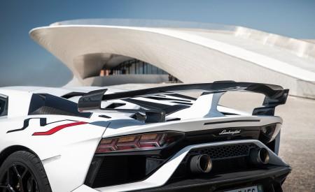 2019 Lamborghini Aventador SVJ Tailpipe Wallpaper 450x275 (139)