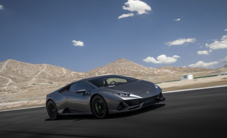 2019 Lamborghini Huracán EVO (Color: Black) Front Three-Quarter Wallpapers 450x275 (6)