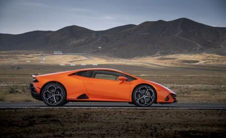 2019 Lamborghini Huracán EVO (Color: Orange) Side Wallpapers 450x275 (36)