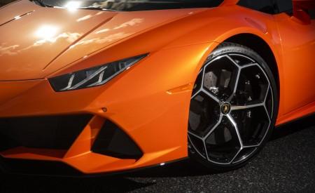 2019 Lamborghini Huracán EVO (Color: Orange) Wheel Wallpapers 450x275 (38)
