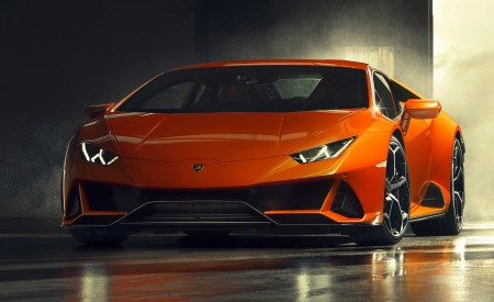 2019 Lamborghini Huracán EVO Front Three-Quarter Wallpapers 450x275 (91)