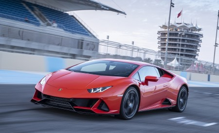 2019 Lamborghini Huracán EVO Front Three-Quarter Wallpapers 450x275 (40)