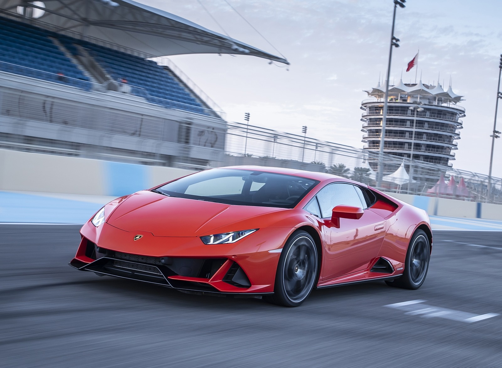 2019 Lamborghini Huracán EVO Front Three-Quarter Wallpapers (8)