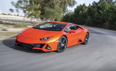 2019 Lamborghini Huracán EVO Front Three-Quarter Wallpapers 450x275 (33)