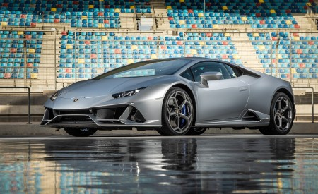 2019 Lamborghini Huracán EVO Front Three-Quarter Wallpapers 450x275 (67)